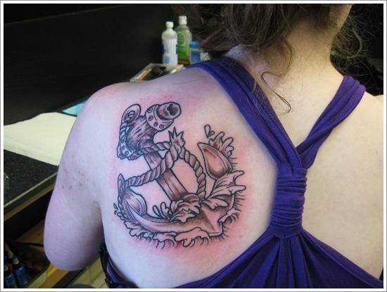 Anchor Tattoo Meaning and Designs (14)