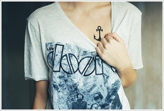 Anchor Tattoo Meaning and Designs (21)