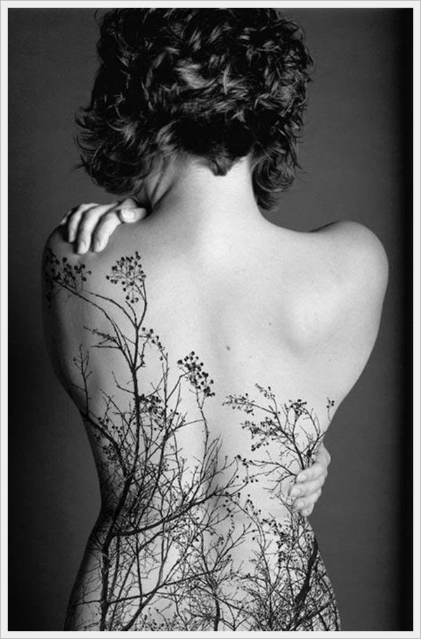 lower back tattoos for girls (33)