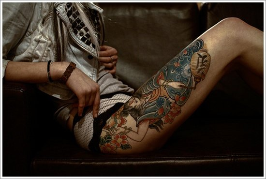thigh tattoos for women (11)