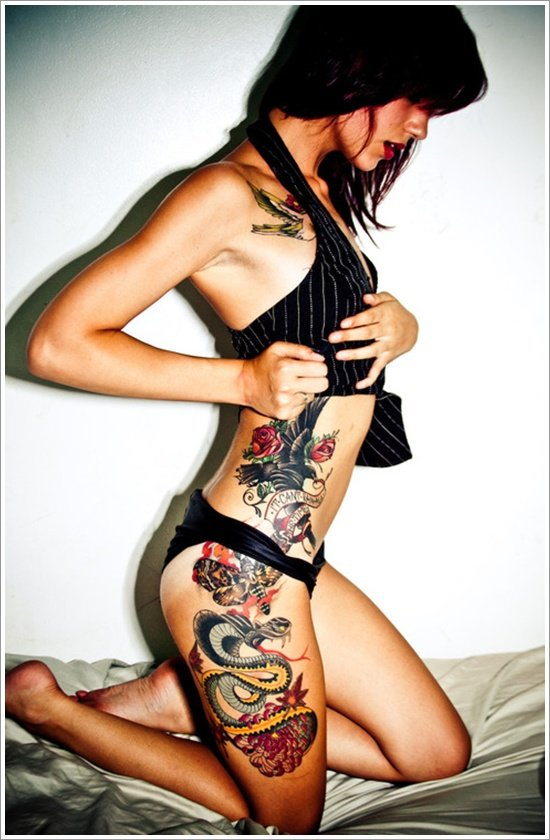 thigh tattoos for women (24)