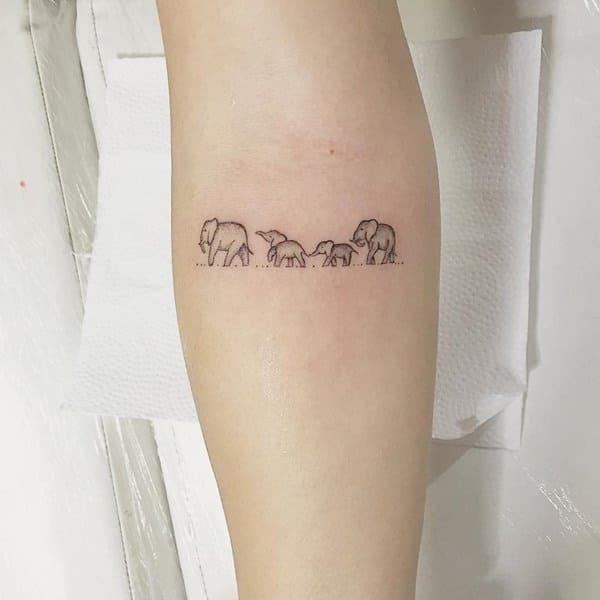 26200916-elephant-tattoos