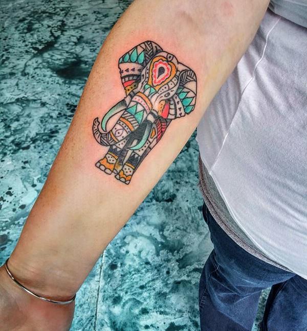 8200916-elephant-tattoos