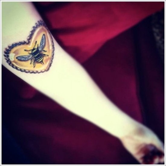 Bee Tattoo Designs (1)