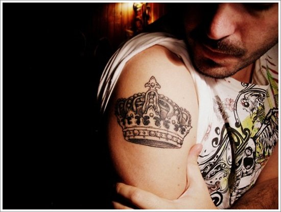 Crown Tattoo Designs (16)