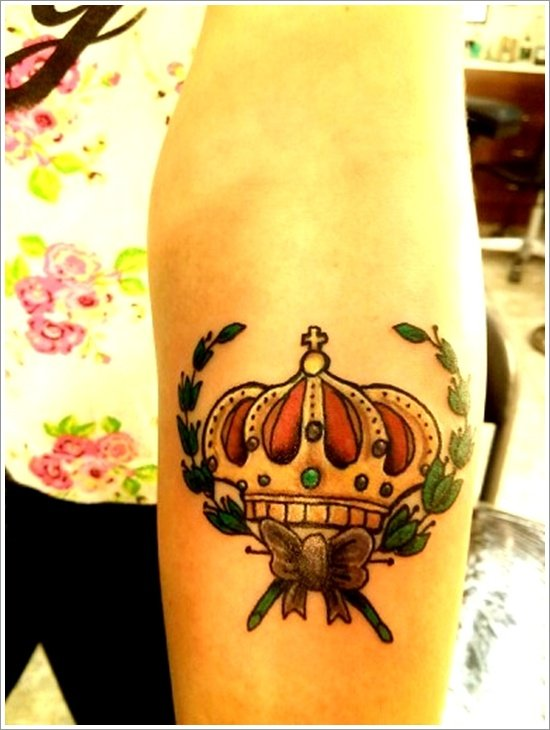 Crown Tattoo Designs (25)