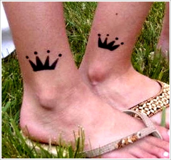 Crown Tattoo Designs (27)
