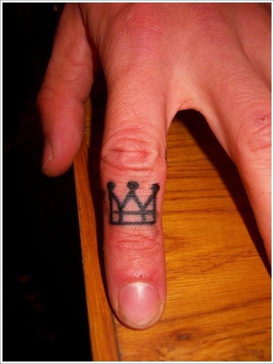Crown Tattoo Designs (3)