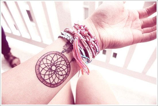 Dreamcatcher Tattoo Designs (24)