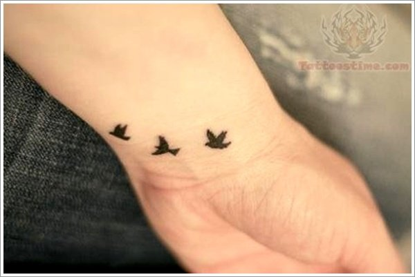 Swallow tattoo designs (3)