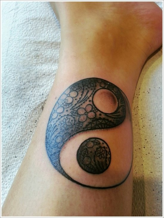 Yin Yang Tattoo Designs (29)