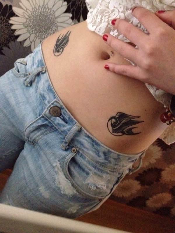 swallow-tattoo-23091627