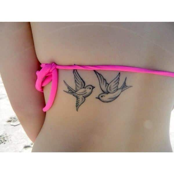 swallow-tattoo-23091632