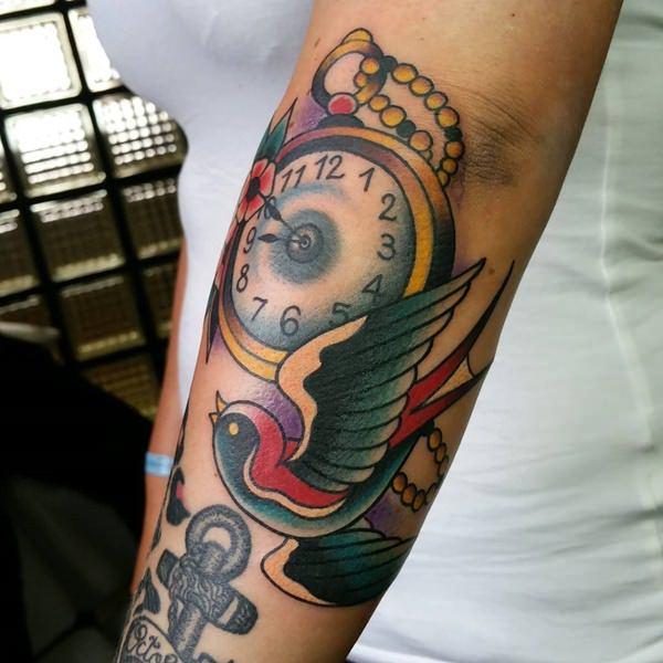 swallow-tattoo-2309165