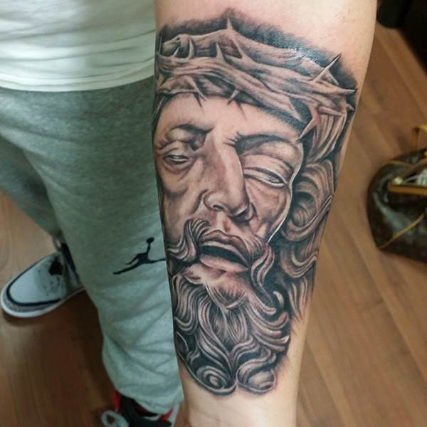 jesus-tattoos-23091615