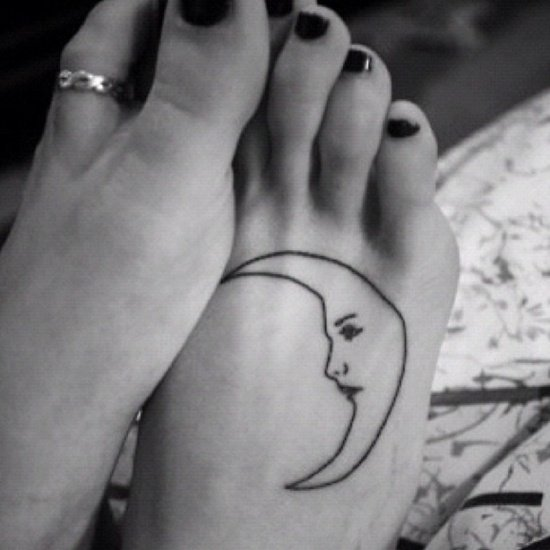 Feet Tattoo Designs (1)
