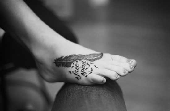 Feet Tattoo Designs (36)