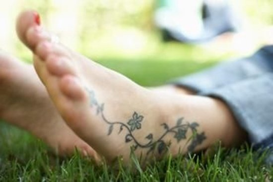 Feet Tattoo Designs (4)