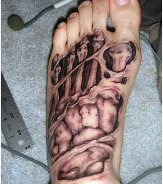 Feet Tattoo Designs (5)
