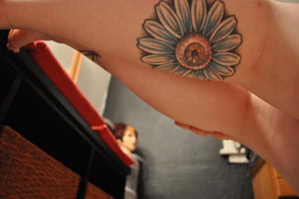 daisy-tattoos-16091624