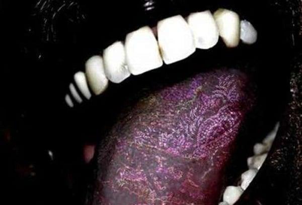 tongue tattoo (3)