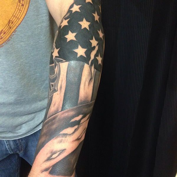 9160916-american-flag-tattoos