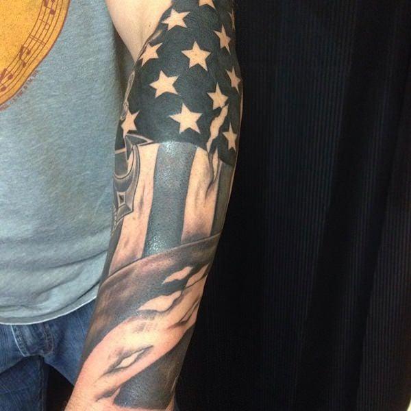 9160916-american-flag-tattoos
