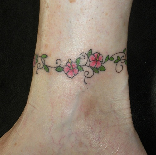 Small Hibiscus Tattoo: 25 Stunning Hibiscus Flower Tattoos For Women