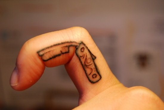 Razors Tattoo (5)