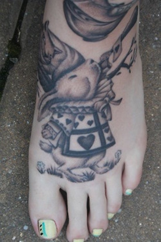 30 Alice in Wonderland Tattoo designs with meaning!