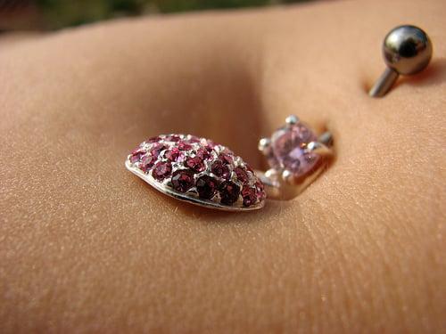 20091126140343_belly button piercing