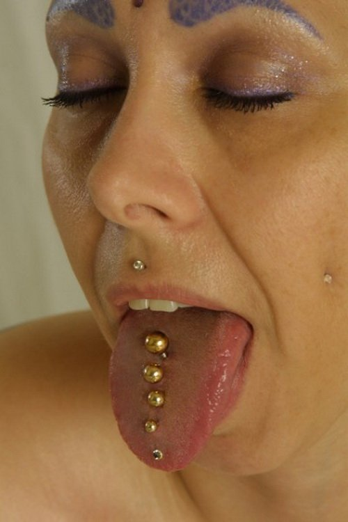many-piercing-for-tongue