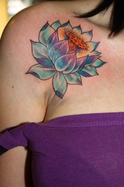 Lotus_Tattoo_by_lynnightmar3