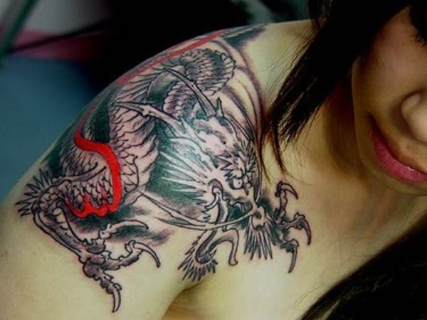 shoulder-blade-tattoo
