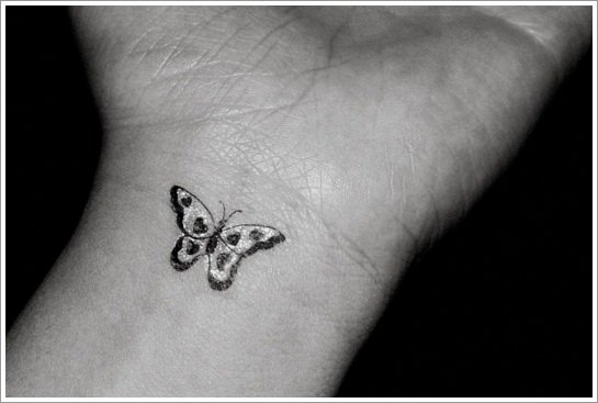 88 Remarkable Wrist Tattoo Designs