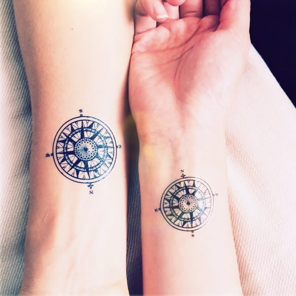 10230916-compass-tattoos