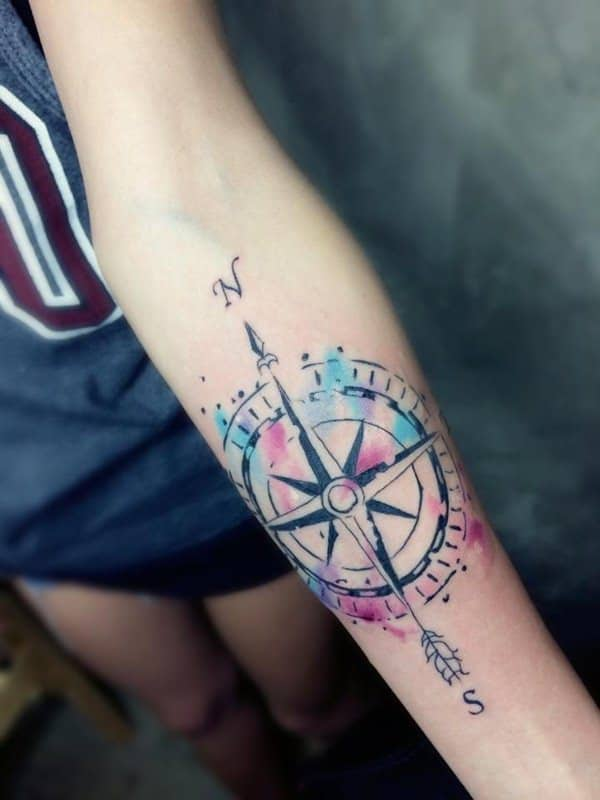 14230916-compass-tattoos