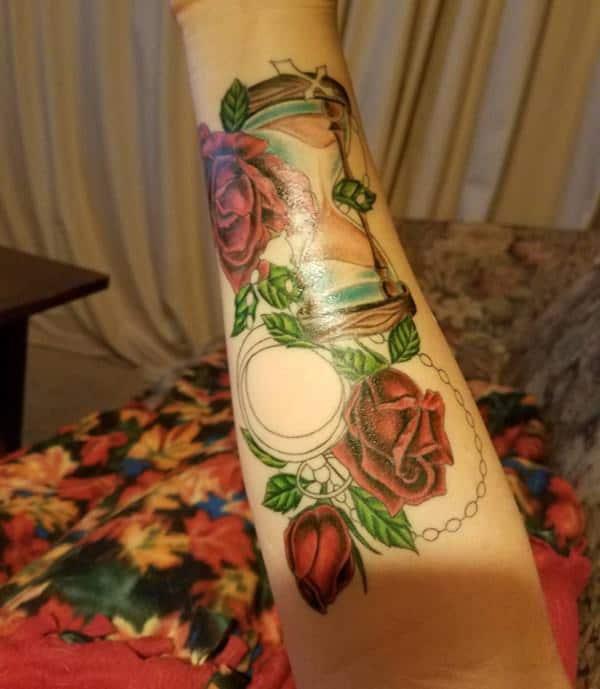 18230916-compass-tattoos