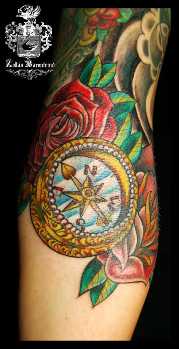 22230916-compass-tattoos