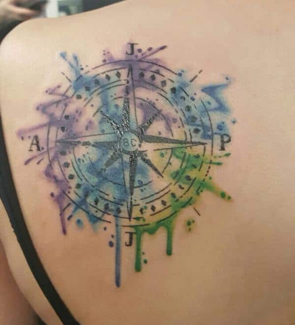23230916-compass-tattoos