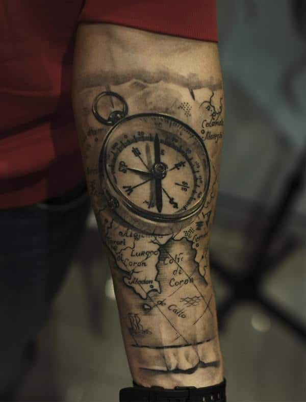 9230916-compass-tattoos