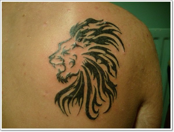 Shoulder-Lion-Tattoo