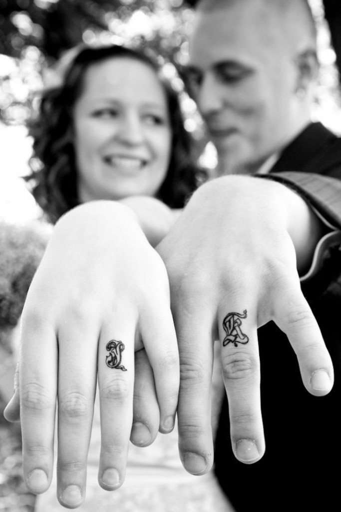 Wedding Ring Finger Tattoos1