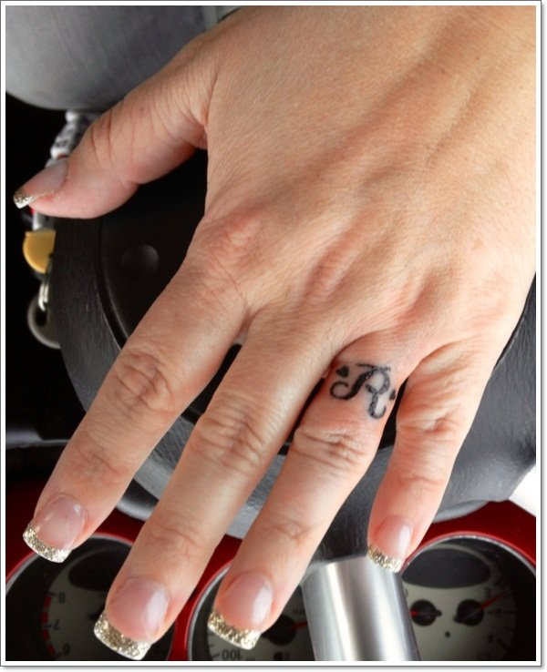 wedding ring tattoos 17