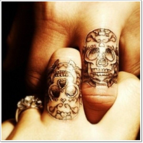 wedding ring tattoos 66 - Wedding Rings Tattoos