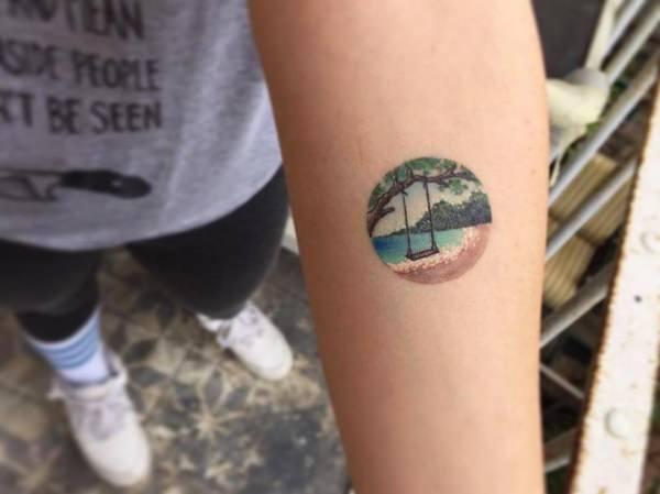 54160916-watercolor-tattoos