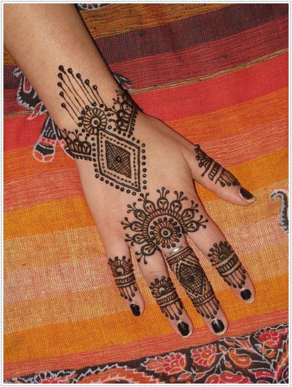 henna tattoo 16