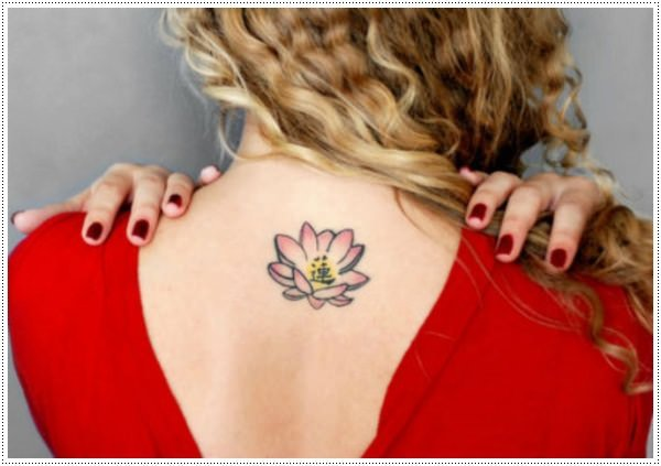 small-flower tattoos-8