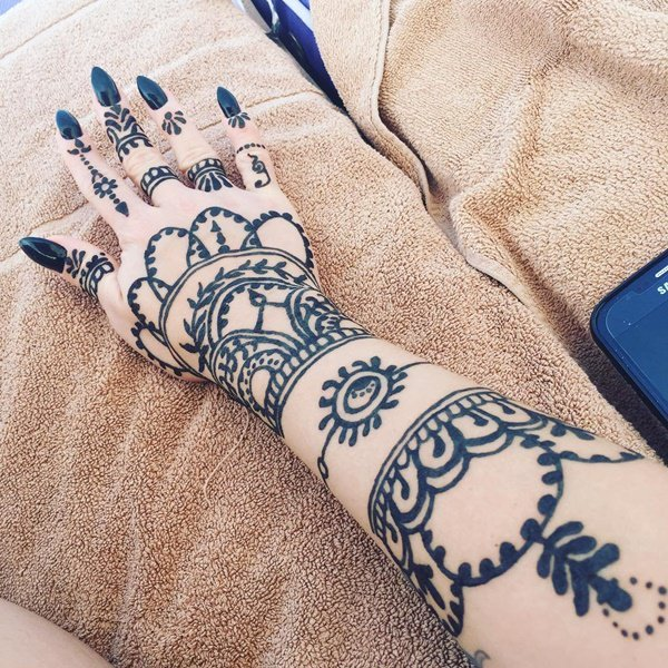5200916-henna-tattoo