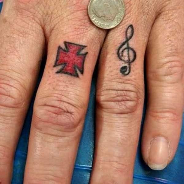 Finger Tattoos 17